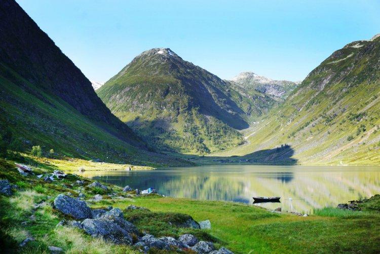 Uteplassen Sogndal AS | Finn campingplass | NAF Camp